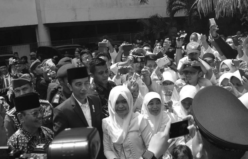 Jokowi vs Prabowo