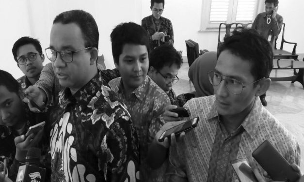 Clowns of 21st Century: Anies & Sandi