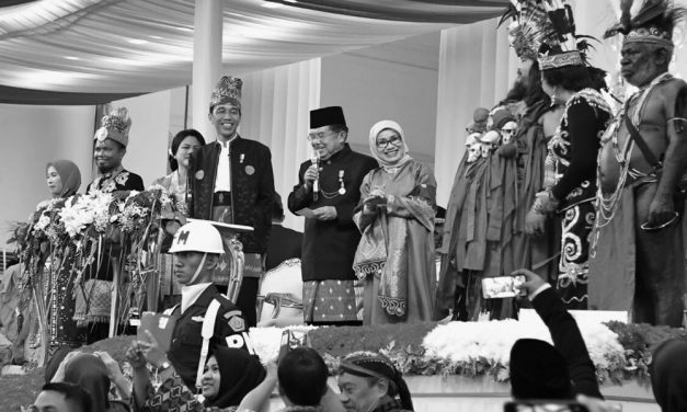 Jokowi Meets with Kalla